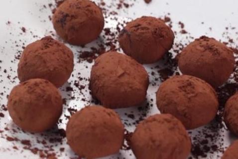 como hacer trufas de chocolate